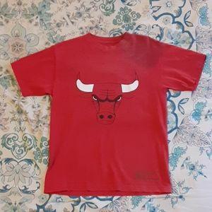 Vintage Adidas Chicago Bulls Tshirt M L